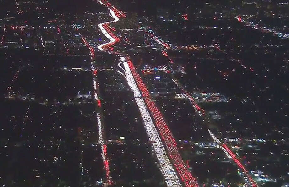 LA Traffic Nightmare: 405 Freeway at Complete Standstill ...