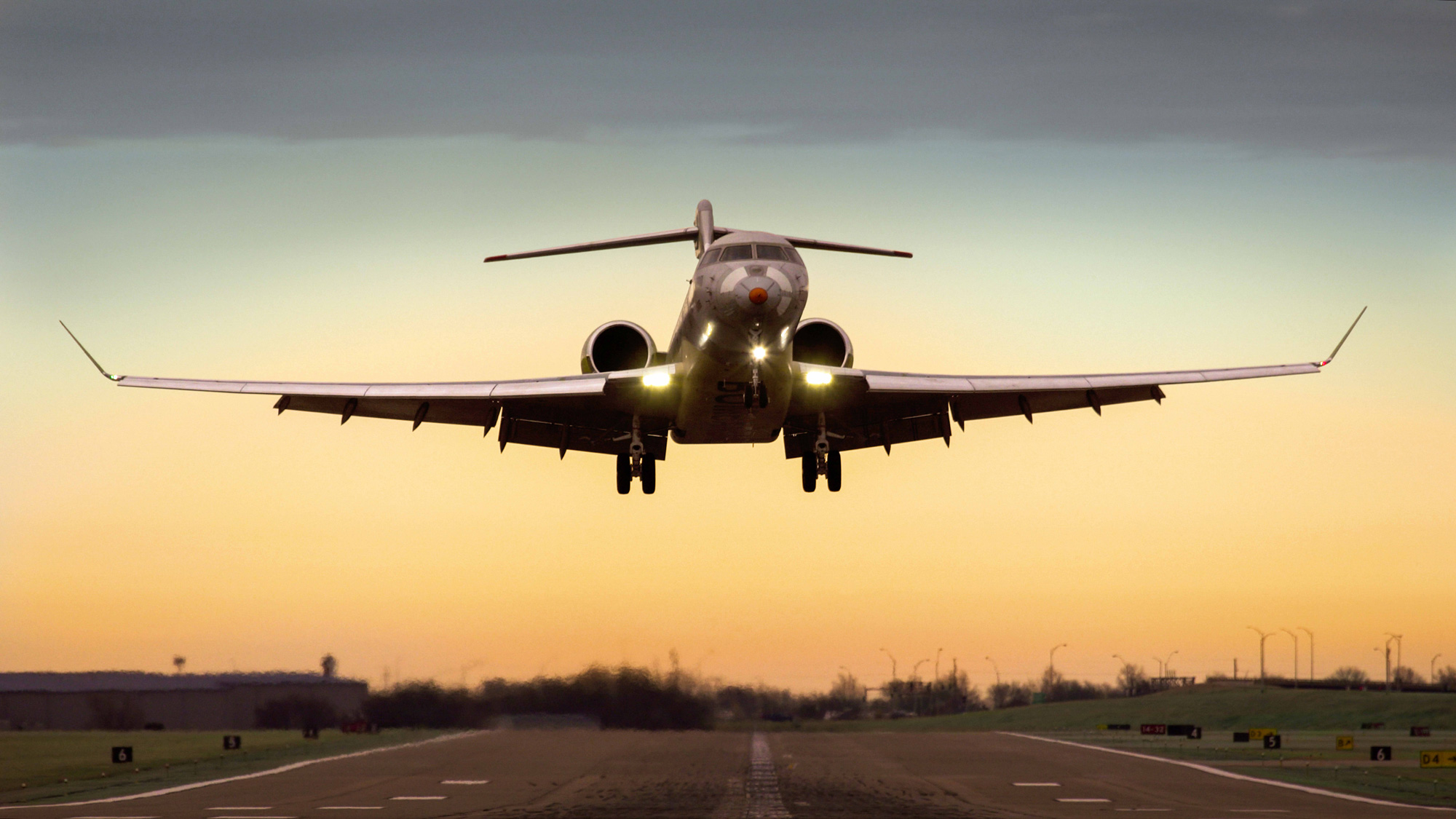 First Global 7000 Logs 100 Hours; FTV2 To Fly Soon ...