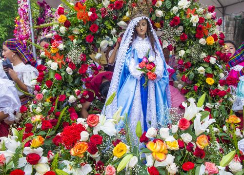 May altar - Catholic Digest