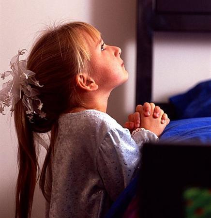 Enfant en prière - Prière - Chemin d'Amour vers le Père ...