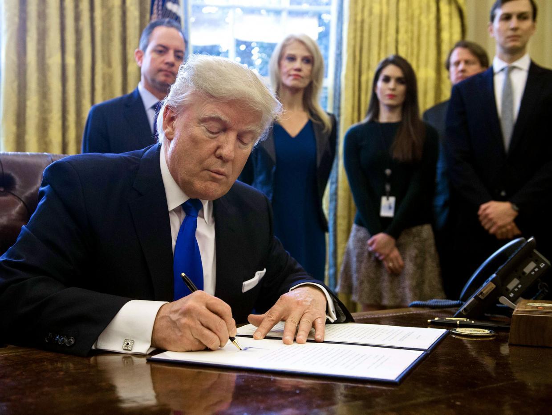 https://images.duckduckgo.com/iu/?u=http%3A%2F%2Fwww.christiantruthcenter.com%2Fwp-content%2Fuploads%2F2017%2F01%2FPresident-Donald-Trump.jpg&f=1