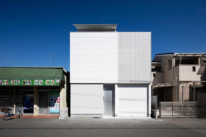 light grain house in osaka by yoshiaki yamashita