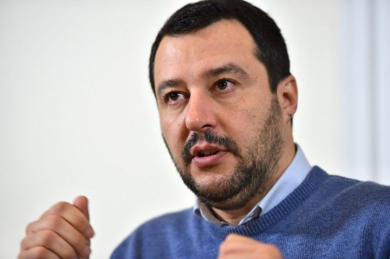 Salvini: «Io provocatore? Sfido i protettori armati del governo ...