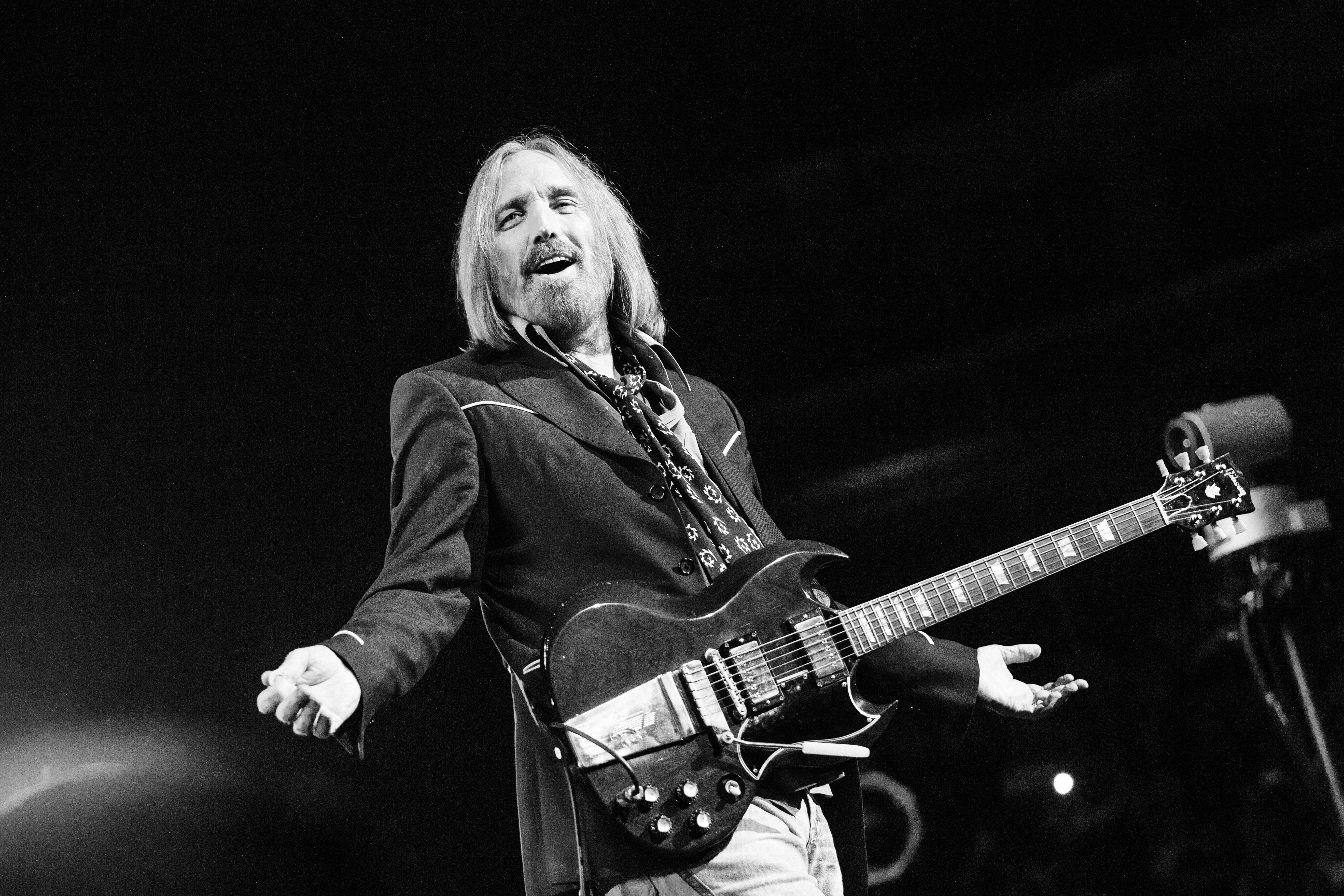 Tom Petty - Music Biography : Guitar Noise