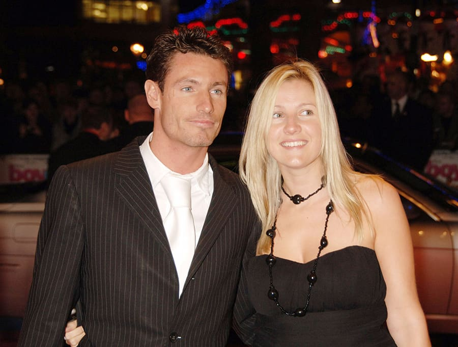 Dean Gaffney comsingle