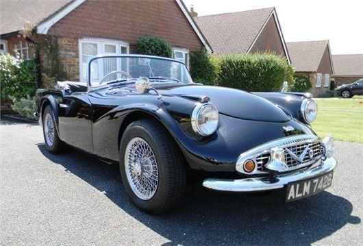 Chris Evans buys ex-Met Police 1964 Daimler SP250 Dart