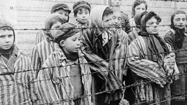 Sobrevivientes de Holocausto conmemoran fin de II Guerra Mundial | La ...