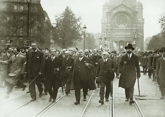 Encyclopédie Larousse en ligne - l'Action française