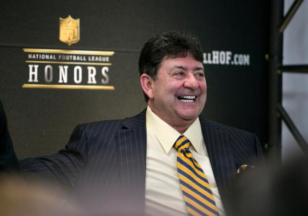 Trump pardons former San Francisco 49ers owner Eddie DeBartolo Jr, who was convicted of failing to report a bribe to the former governor of Louisiana when he pleaded guilty in 1998….