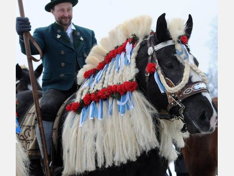 ... Georgi-Ritt am Montag in Traunstein zu schaffen gemacht. © dpa