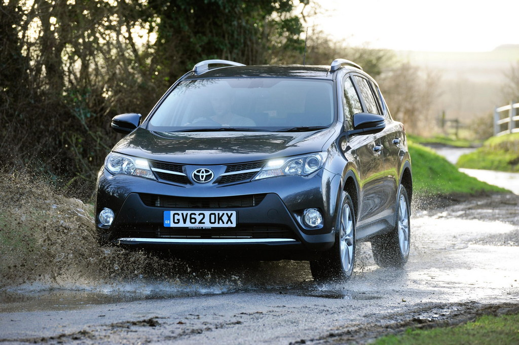 UK-Spec Toyota RAV4 -  Toyota Outsells VW, GM in H1 on SUV Demand