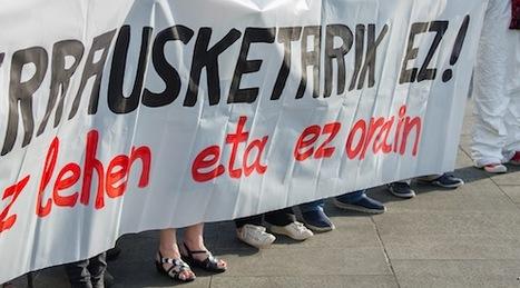 ... contra la construcción de la futura planta incineradora de Zubieta