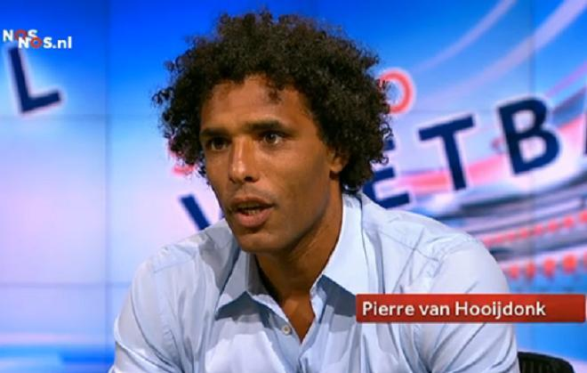 The 47-year old son of father (?) and mother(?), 193 cm tall Pierre van Hooijdonk in 2017 photo