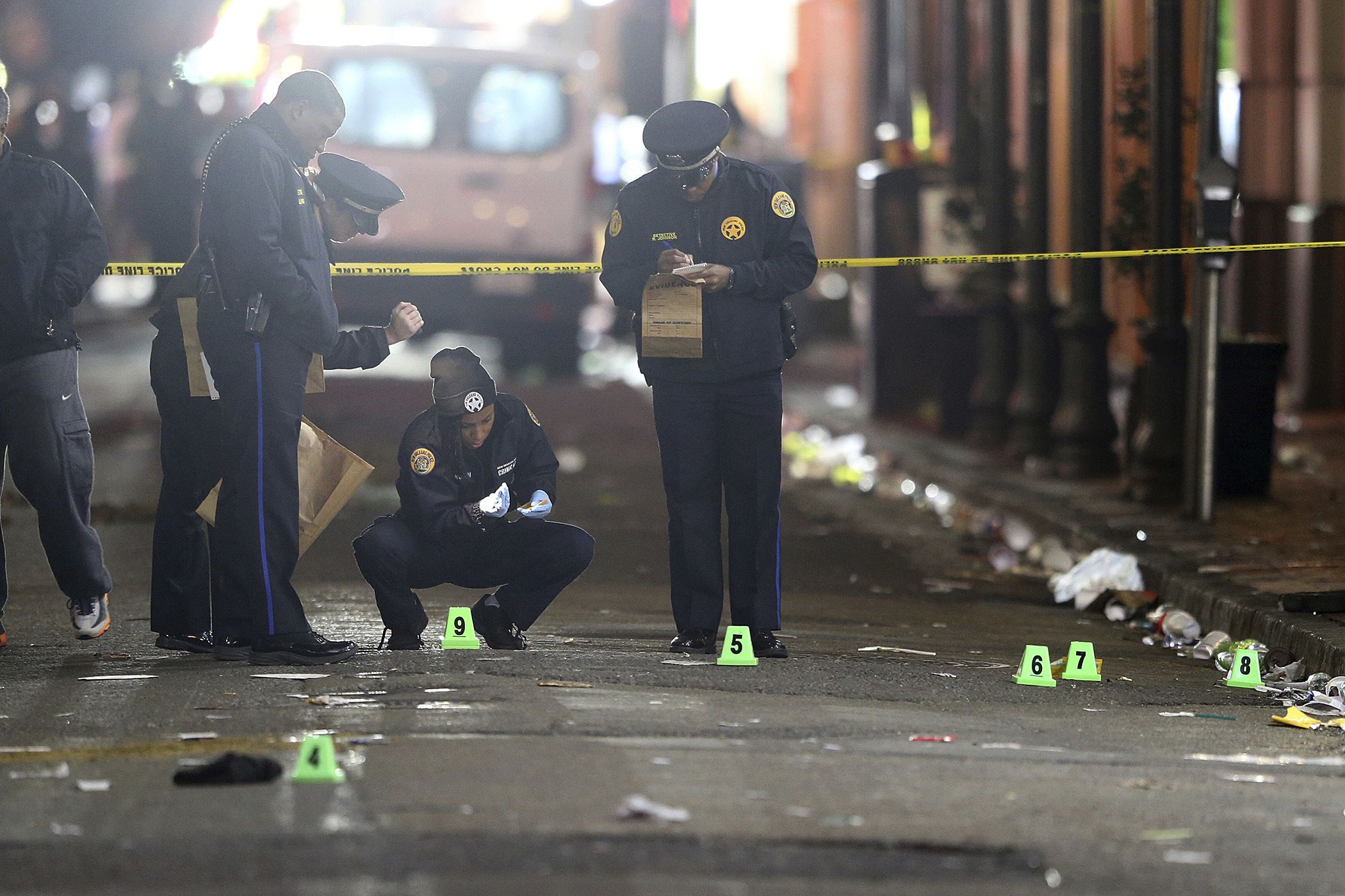New Orleans French Quarter shooting leaves 11 wounded…