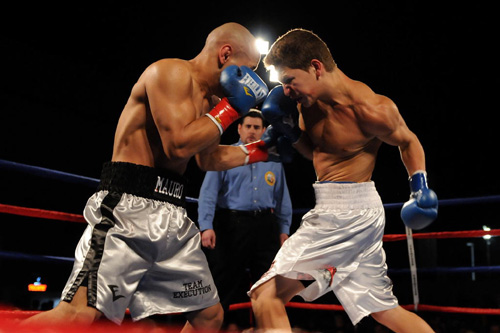 Favorites Flourish On Friday Night - Pound4Pound.com - P4P Number 1