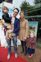 Family photo of the dj, married to Jessica Veenstra, famous for MetMichiel & 3FM.