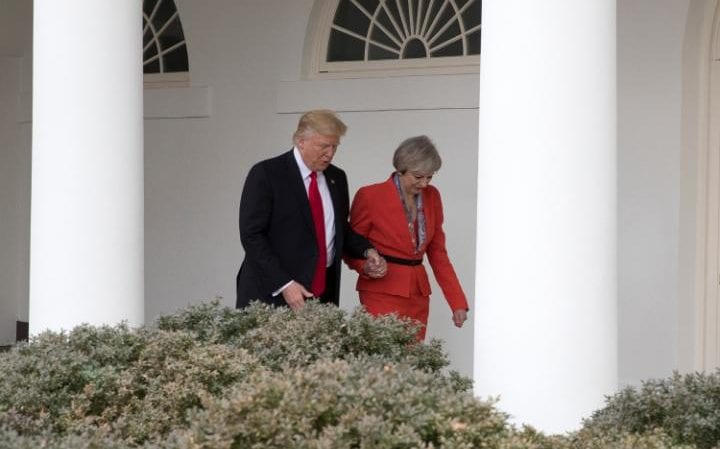 www.hardwarezone.com.sg - Trump and Theresa May wore red on 1st day of ...