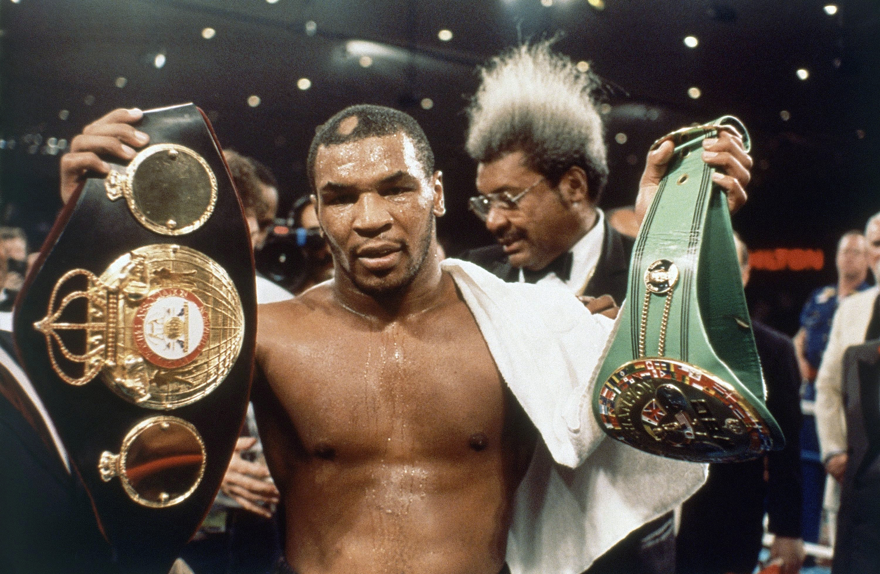 Top 10 Greatest Moments of Mike Tyson's Career