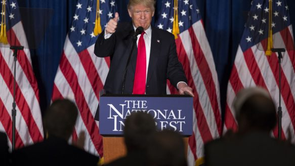 candidate Donald Trump gives a thumbs up after a foreign policy speech ...