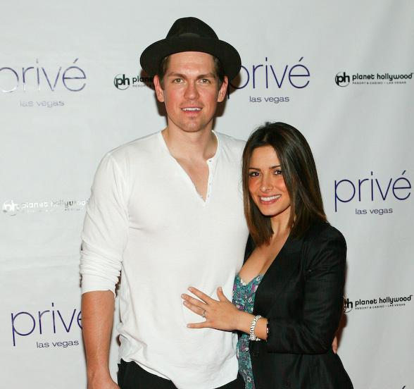 Family photo of the actress, married to Steve Howey,  famous for Fairly Legal & Person of Interest.