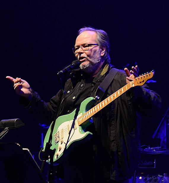 Steely Dan Perform Sold-Out Show at The Pearl at Palms ...