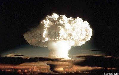 0_0_1csp_hydrogen-bomb.jpg&f=1&nofb=1