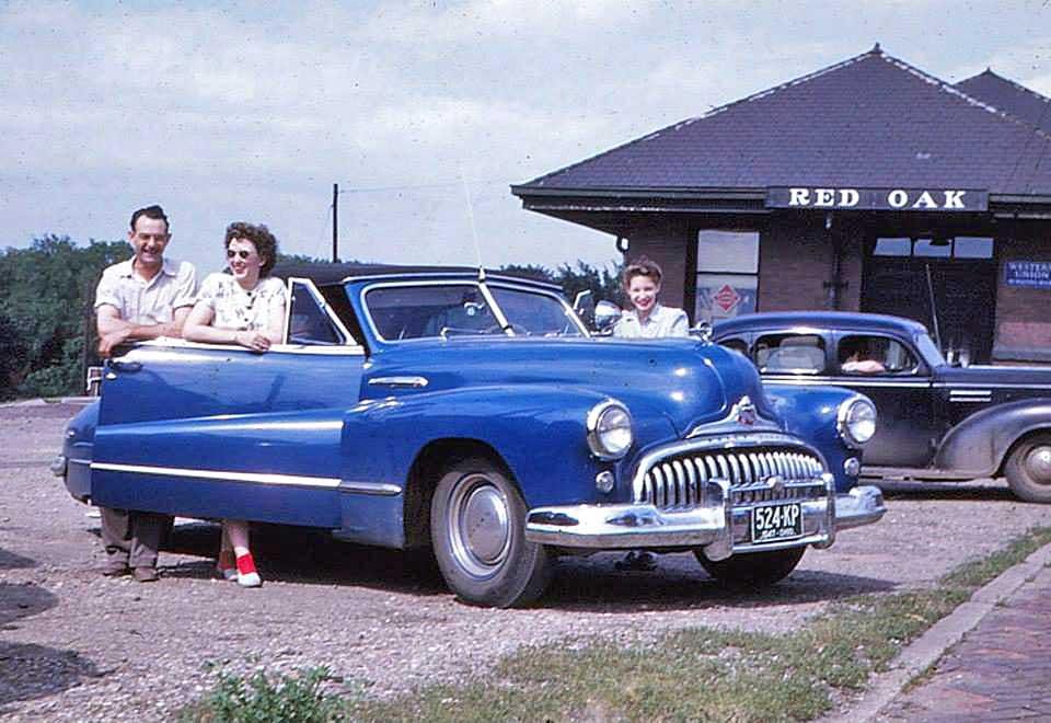 1940s-Buick-Convertible.jpg&f=1&nofb=1