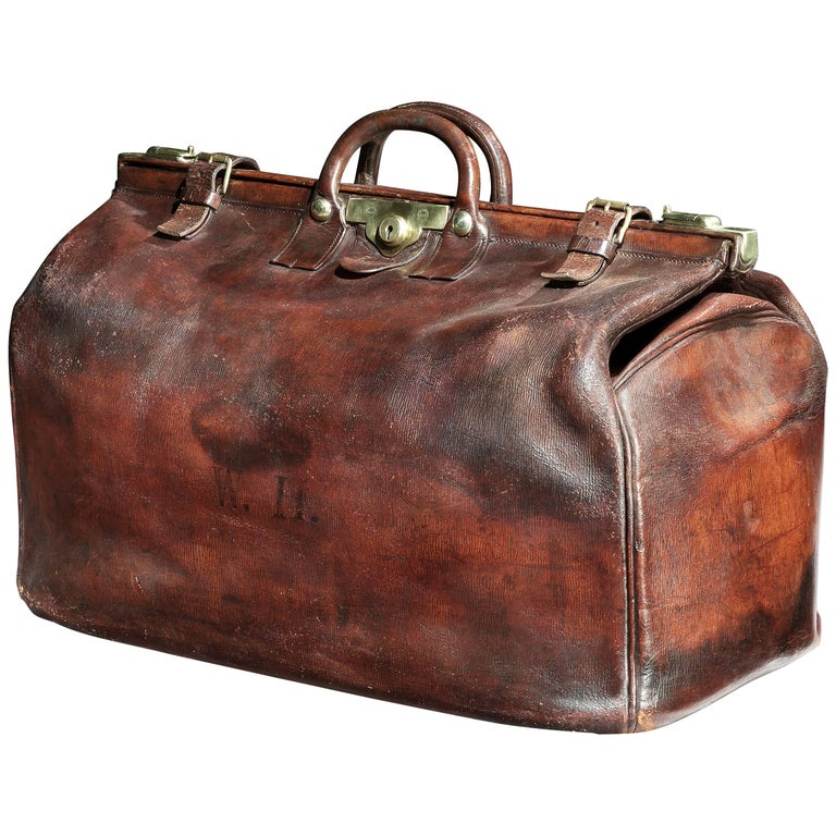 Edwardian 'Gladstone' Bag in Long-Grain Leather at 1stdibs