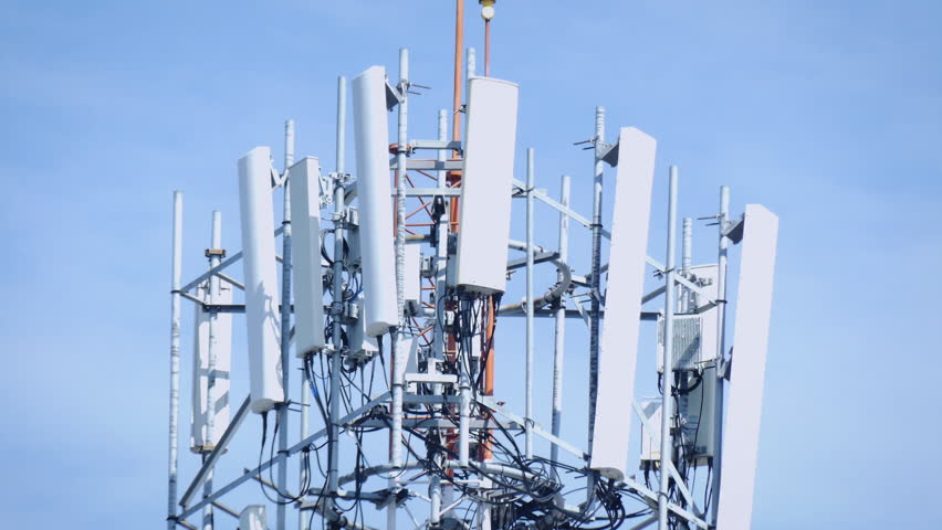 (2in1)telecommunication (5g.,4g) Tower Mast On Stock ...