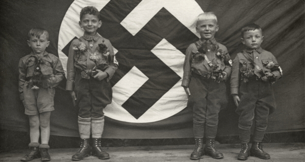 Hitler Youth: Photos Of Life Inside The Nazi ...