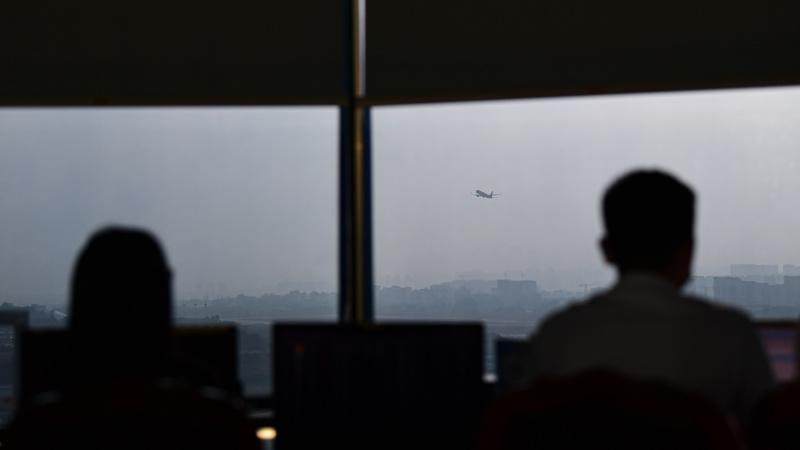 Air Traffic Controller Warns Face Masks Posing Serious ...