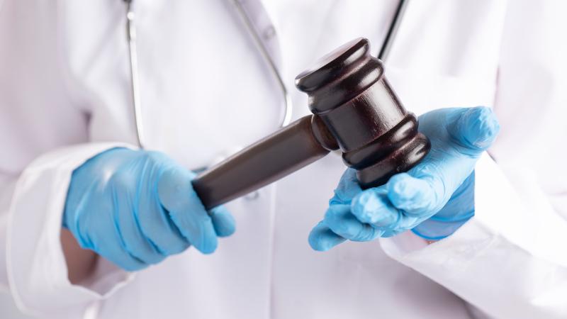 Judge Offering Reduced Sentences for Criminals Who Get ...