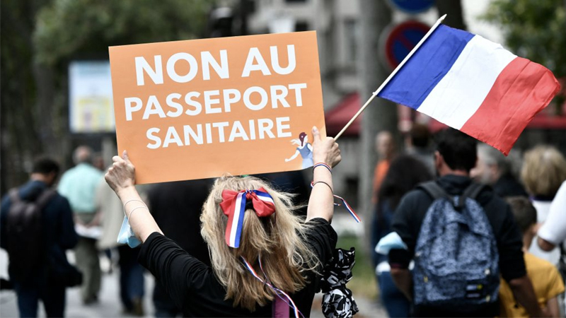 Hundreds of Thousands Protest Across France Over Macron's Covid-19 Health Pass & Mandatory ...