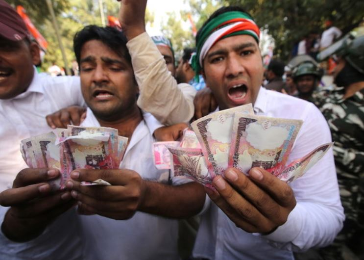India Economy Falls into Chaos – Dollar Rise in Huge ...
