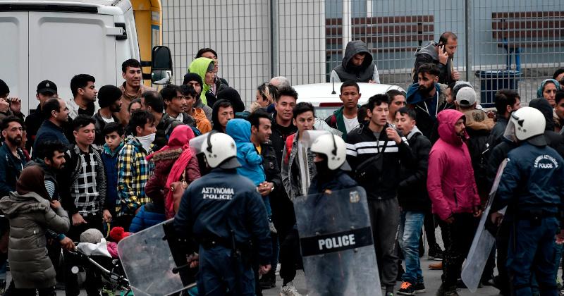 "Swedish Democrat Leader Tells Migrants ""Sweden Is Full!"" In Turkey…"
