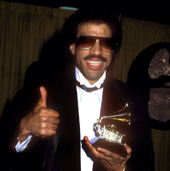 4 Things You Probably didn't know about Lionel Richie ...