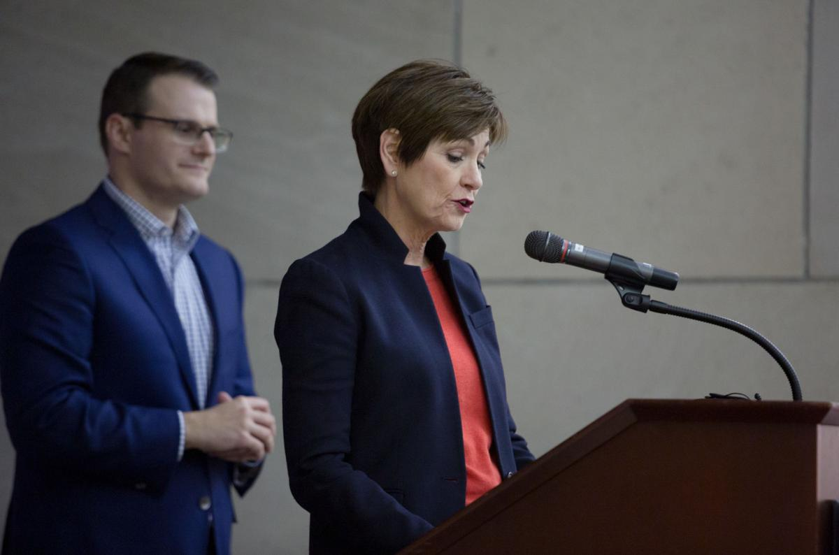 Iowa governor to sign executive order restoring felon voting rights…