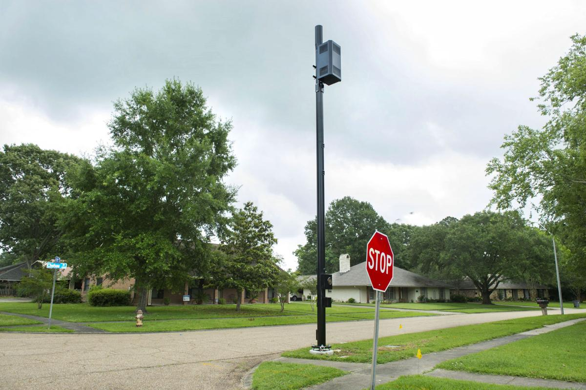 New cell towers raise tensions in Baton Rouge ...