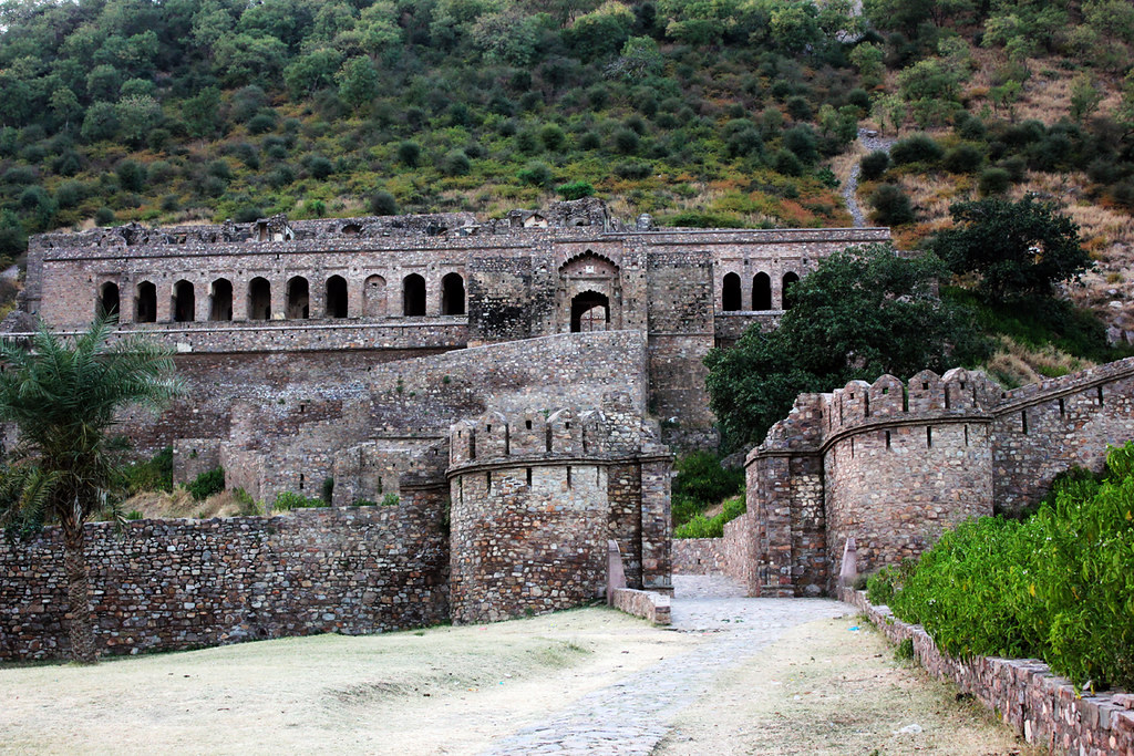 ... Fort - World top most Haunted Place | Bhangarh Fort… | Flickr