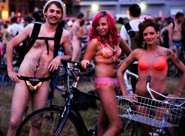 Five things to know about tonight's World Naked Bike Ride - BikePortland.org