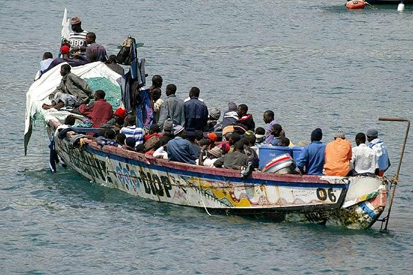 La red «Migrantes con Derechos» en Canarias denuncia la ...