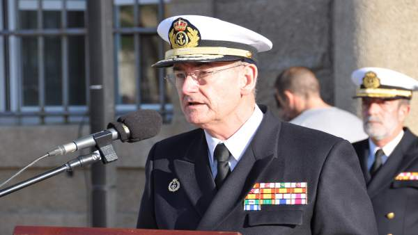 """La Armada considera """"decepcionante el trato y el ..."""