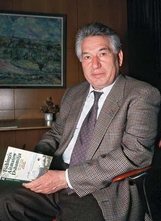Chingiz Aytmatov | Kyrgyz author | Britannica.com
