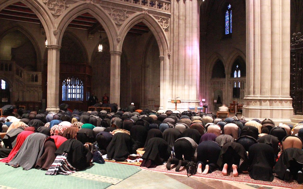 Muslim Leader at National Cathedral: 'We Condemn ...