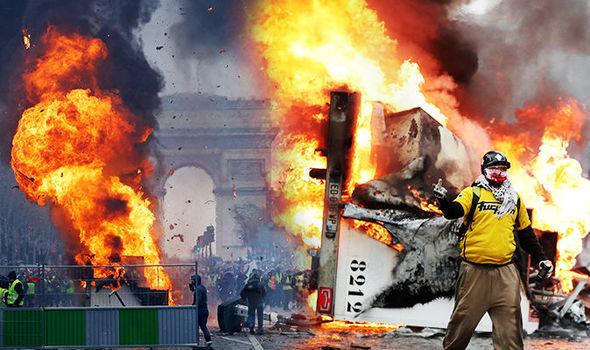 Civil Unrest in France | CarolinaFirearmsForum