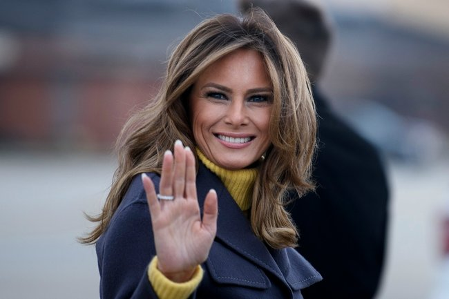 Melania Trump fake theory reignites as new pictures are ...