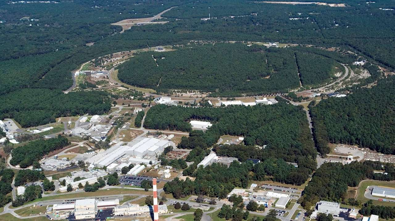 Department of Energy picks New York over Virginia for site of new particle collider…