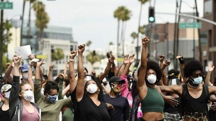 "BLM Protestors Invade Beverly Hills: ""EAT THE RICH ..."