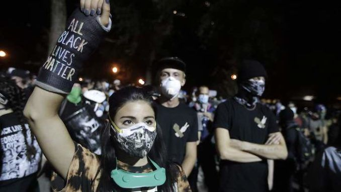 Obama Judge Orders Detroit Police Not To Use Batons, Tear Gas Against Protestors - News Punch