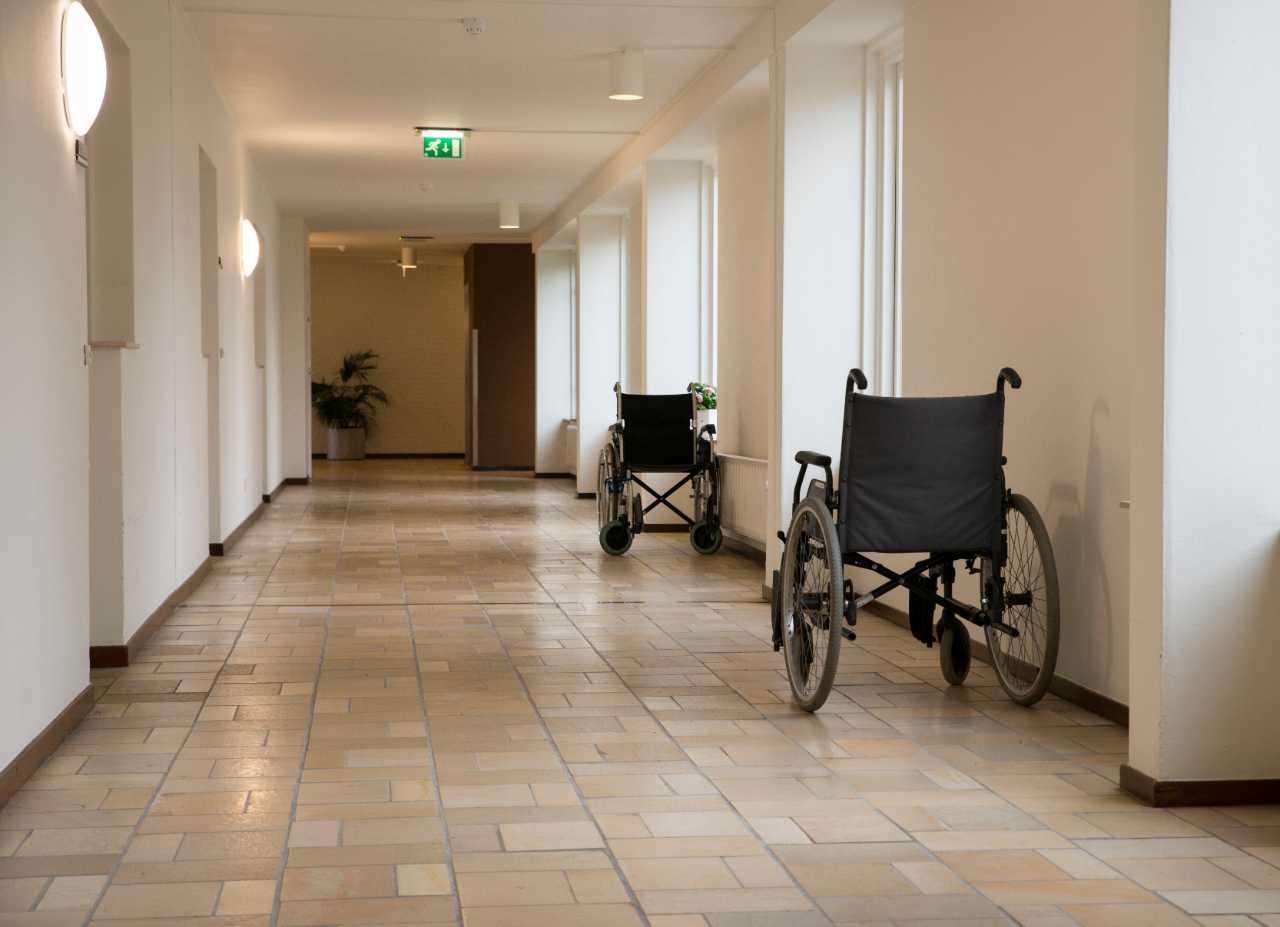 New Covid-19 death data reveals 'hidden' crisis in care ...